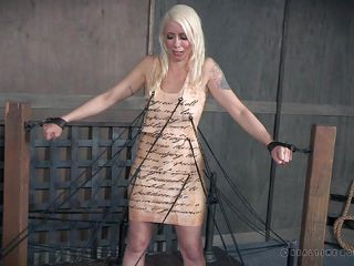 Порно госпожа и раб унижение